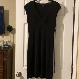 GAP black tie back dress size medium